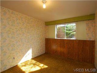 Photo 12: 2034 Haultain Street in VICTORIA: OB Henderson Single Family Detached for sale (Oak Bay)  : MLS®# 292042