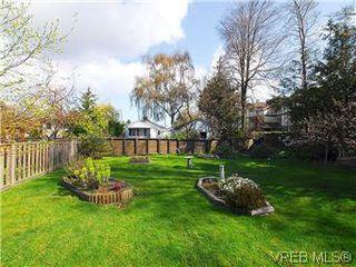 Photo 19: 2034 Haultain Street in VICTORIA: OB Henderson Single Family Detached for sale (Oak Bay)  : MLS®# 292042