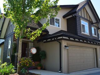 "Photo 1: 43 2200 PANORAMA Drive in Port Moody: Heritage Woods PM Townhouse for sale in ""QUEST"" : MLS®# V909873"