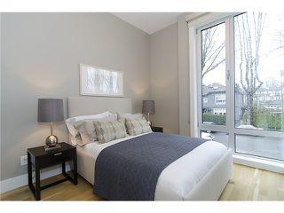 Photo 4: 2046 WHYTE AV in Vancouver: Kitsilano Condo for sale (Vancouver West)  : MLS®# V999725