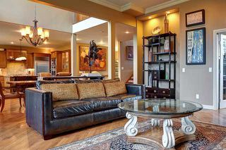 Photo 9: 2319 JUNIPER Road NW in CALGARY: Briar Hill Residential Detached Single Family for sale (Calgary)  : MLS®# C3595837