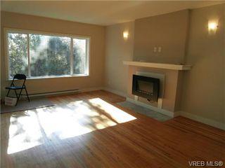 Photo 3: 610 Manchester Rd in VICTORIA: Vi Burnside Half Duplex for sale (Victoria)  : MLS®# 666380