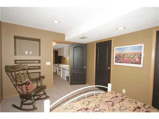Photo 19: 65 HIDDEN VALLEY Gate NW in CALGARY: Hidden Valley Residential Detached Single Family for sale (Calgary)  : MLS®# C3615571