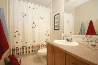 Photo 10: 65 HIDDEN VALLEY Gate NW in CALGARY: Hidden Valley Residential Detached Single Family for sale (Calgary)  : MLS®# C3615571