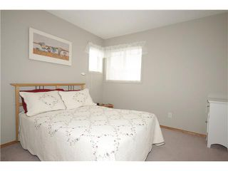 Photo 9: 65 HIDDEN VALLEY Gate NW in CALGARY: Hidden Valley Residential Detached Single Family for sale (Calgary)  : MLS®# C3615571