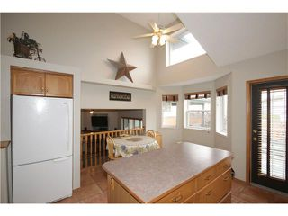 Photo 6: 65 HIDDEN VALLEY Gate NW in CALGARY: Hidden Valley Residential Detached Single Family for sale (Calgary)  : MLS®# C3615571
