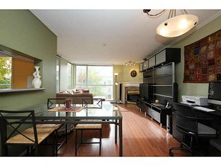 "Photo 2: 205 8420 JELLICOE Street in Vancouver: Fraserview VE Condo for sale in ""BOARDWALK"" (Vancouver East)  : MLS®# V1090998"