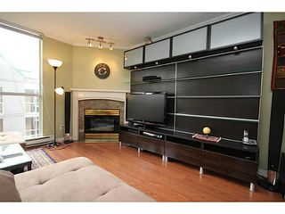 "Photo 5: 205 8420 JELLICOE Street in Vancouver: Fraserview VE Condo for sale in ""BOARDWALK"" (Vancouver East)  : MLS®# V1090998"