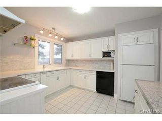 Photo 5: 8 FALCON Bay in Regina: Whitmore Park Single Family Dwelling for sale (Regina Area 05)  : MLS®# 524382