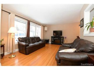 Photo 9: 8 FALCON Bay in Regina: Whitmore Park Single Family Dwelling for sale (Regina Area 05)  : MLS®# 524382