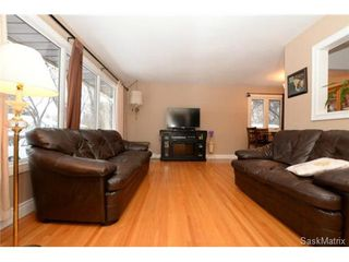 Photo 10: 8 FALCON Bay in Regina: Whitmore Park Single Family Dwelling for sale (Regina Area 05)  : MLS®# 524382