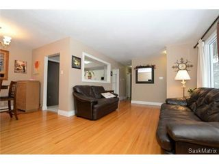Photo 11: 8 FALCON Bay in Regina: Whitmore Park Single Family Dwelling for sale (Regina Area 05)  : MLS®# 524382