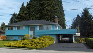 Photo 1: 461 Draycott Street in Coquitlam: Home for sale