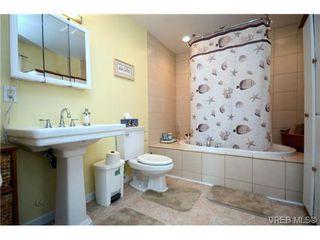 Photo 14: 554 Sumas St in VICTORIA: Vi Burnside Single Family Detached for sale (Victoria)  : MLS®# 703176