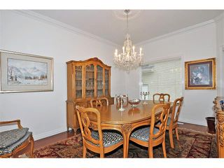 Photo 11: 117 SIGNATURE Point(e) SW in Calgary: Signature Parke House for sale : MLS®# C4019428