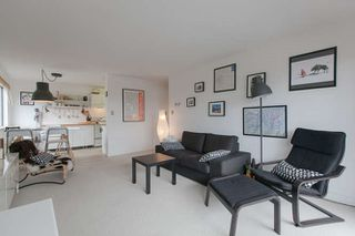 "Photo 3: 205 131 W 4TH Street in North Vancouver: Lower Lonsdale Condo for sale in ""Nottingham Place"" : MLS®# R2003888"