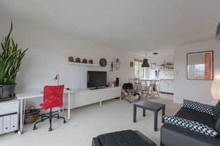 "Photo 2: 205 131 W 4TH Street in North Vancouver: Lower Lonsdale Condo for sale in ""Nottingham Place"" : MLS®# R2003888"