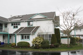 """Photo 1: 807 21937 48 Avenue in Langley: Murrayville Townhouse for sale in """"Orangewood"""" : MLS®# R2048713"""