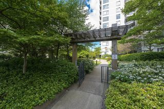 "Photo 19: 513 3520 CROWLEY Drive in Vancouver: Collingwood VE Condo for sale in ""MILLENIO"" (Vancouver East)  : MLS®# R2062892"