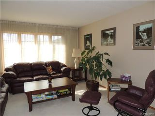 Photo 4: 23 Oakstone Place in Winnipeg: Maples / Tyndall Park Residential for sale (North West Winnipeg)  : MLS®# 1610741