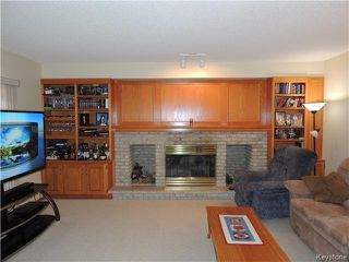 Photo 9: 23 Oakstone Place in Winnipeg: Maples / Tyndall Park Residential for sale (North West Winnipeg)  : MLS®# 1610741