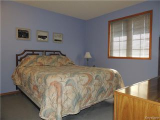 Photo 10: 23 Oakstone Place in Winnipeg: Maples / Tyndall Park Residential for sale (North West Winnipeg)  : MLS®# 1610741