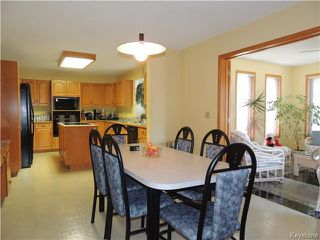 Photo 7: 23 Oakstone Place in Winnipeg: Maples / Tyndall Park Residential for sale (North West Winnipeg)  : MLS®# 1610741