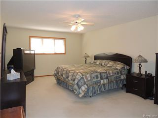 Photo 14: 23 Oakstone Place in Winnipeg: Maples / Tyndall Park Residential for sale (North West Winnipeg)  : MLS®# 1610741