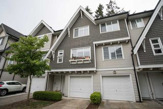 "Photo 1: 48 15871 85 Avenue in Surrey: Fleetwood Tynehead Townhouse for sale in ""HUCKLEBERRY"" : MLS®# R2067499"
