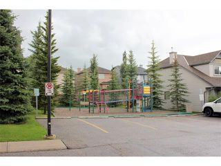 Photo 33: 80 EVERSTONE Place SW in Calgary: Evergreen House for sale : MLS®# C4076905