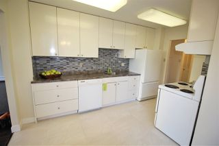 """Photo 2: 305 710 SEVENTH Avenue in New Westminster: Uptown NW Condo for sale in """"THE HERITAGE"""" : MLS®# R2116270"""