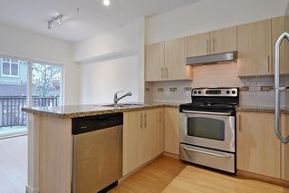 "Photo 4: 6 8089 209 Street in Langley: Willoughby Heights Townhouse for sale in ""Arborel Park"" : MLS®# R2121733"