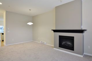"Photo 3: 6 8089 209 Street in Langley: Willoughby Heights Townhouse for sale in ""Arborel Park"" : MLS®# R2121733"
