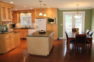 """Photo 6: 6279 194B Street in Surrey: Clayton House for sale in """"Bakerview"""" (Cloverdale)  : MLS®# R2131998"""