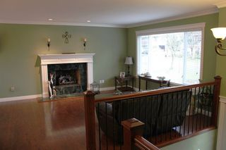 """Photo 2: 6279 194B Street in Surrey: Clayton House for sale in """"Bakerview"""" (Cloverdale)  : MLS®# R2131998"""