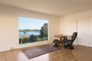 Photo 12: OCEANSIDE House for sale : 3 bedrooms : 2020 Stewart Street