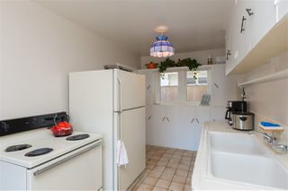 Photo 18: OCEANSIDE House for sale : 3 bedrooms : 2020 Stewart Street