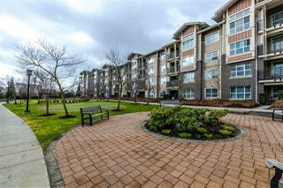 "Photo 5: 104 5775 IRMIN Street in Burnaby: Metrotown Condo for sale in ""Macpherson Walk"" (Burnaby South)  : MLS®# R2142299"