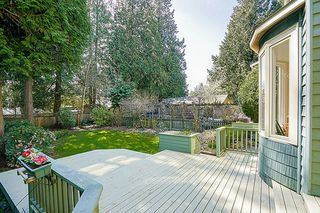 "Photo 18: 12502 25 Avenue in Surrey: Crescent Bch Ocean Pk. House for sale in ""CRESCENT BEACH"" (South Surrey White Rock)  : MLS®# R2152300"