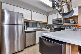 """Photo 2: 3 13936 72 Avenue in Surrey: East Newton Townhouse for sale in """"Upton Place North"""" : MLS®# R2153553"""