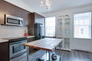 "Photo 10: 13 102 FRASER Street in Port Moody: Port Moody Centre Townhouse for sale in ""CORBEAU BY  MOSAIC"" : MLS®# R2155114"