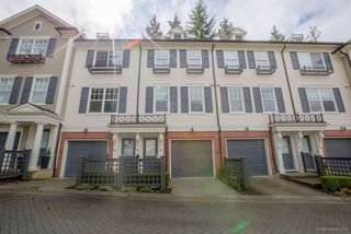 "Photo 1: 13 102 FRASER Street in Port Moody: Port Moody Centre Townhouse for sale in ""CORBEAU BY  MOSAIC"" : MLS®# R2155114"