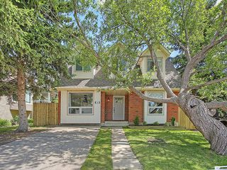 Photo 2: 192 MOUNTAIN Circle SE: Airdrie House for sale