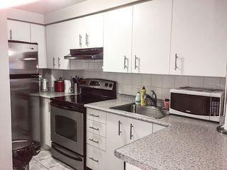 Photo 8: 29 217 St George Street in Toronto: Annex Condo for lease (Toronto C02)  : MLS®# C3847600