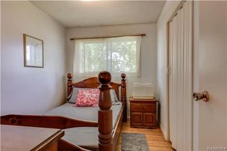 Photo 9: 870 Community Row in Winnipeg: Charleswood Residential for sale (1G)  : MLS®# 1716731