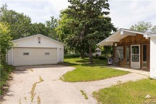 Photo 18: 870 Community Row in Winnipeg: Charleswood Residential for sale (1G)  : MLS®# 1716731
