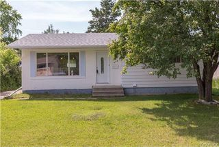 Photo 1: 870 Community Row in Winnipeg: Charleswood Residential for sale (1G)  : MLS®# 1716731