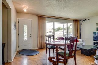 Photo 6: 870 Community Row in Winnipeg: Charleswood Residential for sale (1G)  : MLS®# 1716731