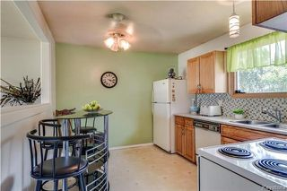 Photo 4: 870 Community Row in Winnipeg: Charleswood Residential for sale (1G)  : MLS®# 1716731
