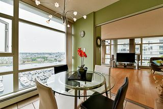 Photo 13: 2001 1199 MARINASIDE CRESCENT in Vancouver: Yaletown Condo for sale (Vancouver West)  : MLS®# R2202807